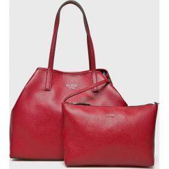 Guess Jeans - Torebka Vikky. Czerwone shopper bag damskie marki Reserved, duże. Za 629,90 zł.
