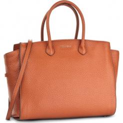 Torebka COCCINELLE - A35 Claralie E1 A35 18 02 01 Calendula 210. Brązowe torebki klasyczne damskie Coccinelle, ze skóry. W wyprzedaży za 1099,00 zł.