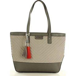 MONNARI Stylowa torba shopper bag szary. Szare shopper bag damskie marki Monnari, w geometryczne wzory, ze skóry, na ramię, pikowane. Za 169,00 zł.