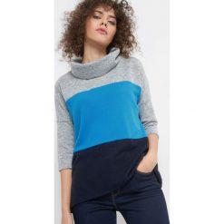 Lekki sweter z golfem. Niebieskie golfy damskie marki Orsay, s, z dzianiny. W wyprzedaży za 55,00 zł.