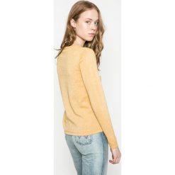 Wrangler - Sweter. Szare swetry klasyczne damskie Wrangler, l, z bawełny, z okrągłym kołnierzem. W wyprzedaży za 159,90 zł.