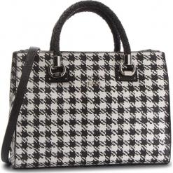 Torebka LIU JO - M Satchel Zip Manhat N68093 E0386 Pied De P.Pink V9717. Białe torebki klasyczne damskie Liu Jo, ze skóry ekologicznej. Za 739,00 zł.
