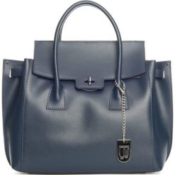 Torebki klasyczne damskie: Skórzana torebka w kolorze granatowym – 35 x 30 x 14 cm