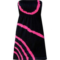 Sukienka plażowa bandeau bonprix czarno-różowy. Białe sukienki marki bonprix, na plażę, w koronkowe wzory. Za 79,99 zł.