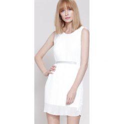 Sukienki: Biała Sukienka Winter Lady