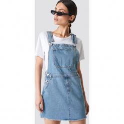 NA-KD Sukienka ogrodniczka - Blue. Niebieskie sukienki balowe marki NA-KD, z klasycznym kołnierzykiem. Za 242,95 zł.