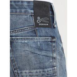 Denham CROP Jeansy Relaxed Fit blue denim. Niebieskie jeansy męskie regular Denham. Za 799,00 zł.