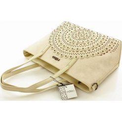Miejska torebka shopper beżowa ALAINA. Brązowe kuferki damskie marki Nobo, w paski, ze skóry ekologicznej. Za 159,00 zł.