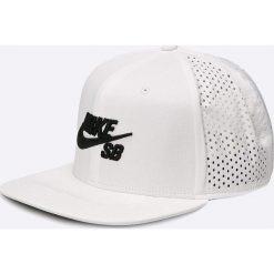 Nike Sportswear - Czapka. Szare czapki z daszkiem męskie Nike Sportswear, z bawełny. W wyprzedaży za 89,90 zł.