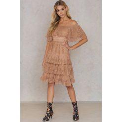 Sukienki: Aéryne Paris Sukienka Gigi – Pink