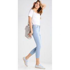 GAP Jeans Skinny Fit light indigo. Niebieskie jeansy damskie GAP. W wyprzedaży za 174,30 zł.