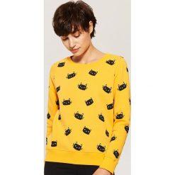 Bluza z nadrukiem all over - Żółty. Żółte bluzy z nadrukiem damskie marki House, l. Za 59,99 zł.