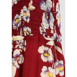 Free People GARDEN PARTY  Długa sukienka raspberry. Fioletowe długie sukienki marki Free People, na imprezę, z materiału, z długim rękawem. W wyprzedaży za 377,30 zł.