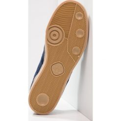 Adidas Originals SEELEY Tenisówki i Trampki collegiate navy. Szare tenisówki damskie marki adidas Originals, z gumy. W wyprzedaży za 247,20 zł.