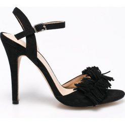 Vero Moda - Sandały. Białe sandały damskie Vero Moda, z materiału, na obcasie. W wyprzedaży za 119,90 zł.