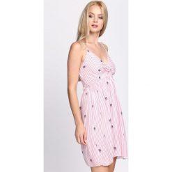 Sukienki: Różowa Sukienka Let Me Out