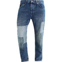Topman PATCH ORIGINAL Jeansy Zwężane blue. Niebieskie jeansy męskie marki Topman. W wyprzedaży za 149,40 zł.