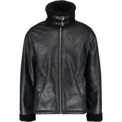 Topman RADA FLIGHT Kurtka ze skóry ekologicznej black. Czarne kurtki męskie skórzane marki Reserved, l. W wyprzedaży za 407,20 zł.