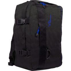 """Plecak """"Catane"""" w kolorze czarnym - 31 x 42 x 18 cm. Czarne plecaki męskie Les P'tites Bombes, w paski. W wyprzedaży za 86,95 zł."""