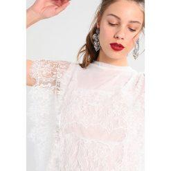 Bluzki asymetryczne: Navy London SID Bluzka white