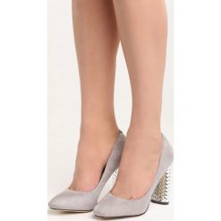 Szare Czółenka Brave New World. Szare buty ślubne damskie marki Born2be, na wysokim obcasie, na słupku. Za 69,99 zł.