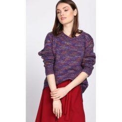 Swetry klasyczne damskie: Fioletowy Sweter Proportion