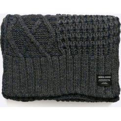 Jack & Jones - Szalik. Czarne szaliki męskie marki Jack & Jones, l, z bawełny, z okrągłym kołnierzem. W wyprzedaży za 79,90 zł.