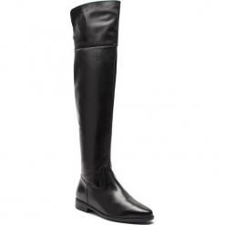 Muszkieterki TAMARIS - 1-25516-31 Black 001. Czarne buty zimowe damskie Tamaris, z materiału, przed kolano, na wysokim obcasie, na obcasie. Za 459,90 zł.