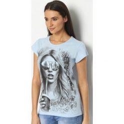 T-shirty damskie: Niebieski T-shirt Urban Girl