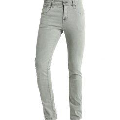 INDICODE JEANS PITTSBURG Spodnie materiałowe light grey. Szare chinosy męskie INDICODE JEANS. Za 129,00 zł.