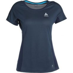 ODLO CREW NECK OMNIUS FDRY     Tshirt z nadrukiem diving navy. Niebieskie t-shirty damskie Odlo, xs, z nadrukiem, z materiału. Za 189,00 zł.