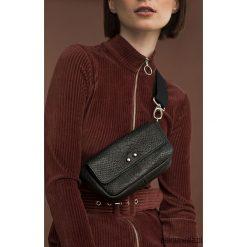 Nerka skórzana Sugar Love, torba mała skórzana. Brązowe torebki klasyczne damskie Pakamera, w kropki, ze skóry, małe. Za 340,00 zł.