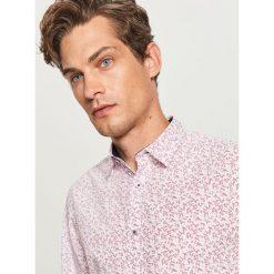 Koszula w drobny wzór - Różowy. Fioletowe koszule męskie marki KIPSTA, m, z elastanu, z długim rękawem, na fitness i siłownię. Za 89,99 zł.