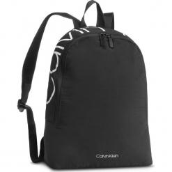Plecak CALVIN KLEIN - Item Story Round Bac K50K503873 001. Czarne plecaki męskie Calvin Klein, z materiału. Za 399,00 zł.