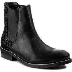 Sztyblety TOMMY HILFIGER - Polly 10C FW0FW01419 Black 990. Czarne buty zimowe damskie marki TOMMY HILFIGER, z gumy, klasyczne, na obcasie. W wyprzedaży za 409,00 zł.