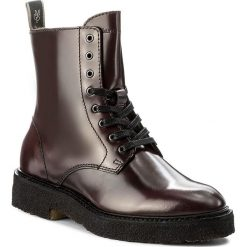 Botki MARC O'POLO - 708 14266301 112 Bordo 375. Czerwone buty zimowe damskie Marc O'Polo, z materiału, na obcasie. W wyprzedaży za 469,00 zł.