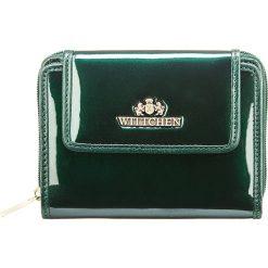 Portfel 25-1-211-0. Zielone portfele damskie Wittchen, z lakierowanej skóry. Za 459,00 zł.