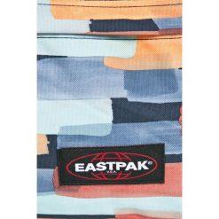 Eastpak - Plecak. Szare plecaki męskie Eastpak, w paski, z poliesteru. W wyprzedaży za 139,90 zł.