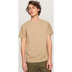 T-shirty męskie: Melanżowy t-shirt – Żółty