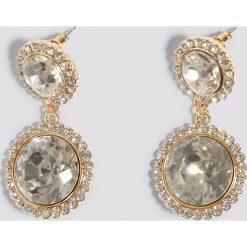Kolczyki damskie: NA-KD Classic Kolczyki z podwójnym kryształem – Gold