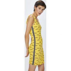 Tally Weijl - Sukienka. Brązowe długie sukienki marki TALLY WEIJL, na co dzień, l, z bawełny, casualowe, z okrągłym kołnierzem, na ramiączkach, dopasowane. W wyprzedaży za 49,90 zł.