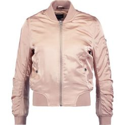Bomberki damskie: Topshop Petite Kurtka Bomber pink