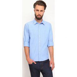 KOSZULA DŁUGI RĘKAW MĘSKA REGULAR FIT. Szare koszule męskie marki Top Secret, m, z klasycznym kołnierzykiem, z długim rękawem. Za 49,99 zł.