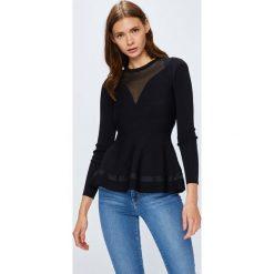 Guess Jeans - Sweter Becca. Niebieskie swetry klasyczne damskie marki Guess Jeans, z obniżonym stanem. Za 459,90 zł.