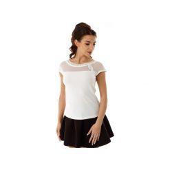 Bluzka Eva z siateczką i wstawką ecru ED017-1. Białe bluzki wizytowe Ella dora, s, z dzianiny, eleganckie, z falbankami. Za 139,00 zł.