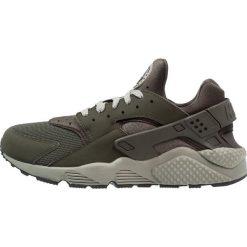 Tenisówki męskie: Nike Sportswear AIR HUARACHE Tenisówki i Trampki sequoia/dark stucco/black