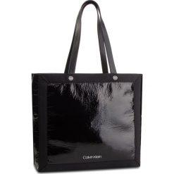 Torebka CALVIN KLEIN - Outline Ew Shopper K60K604815 001. Czarne shopper bag damskie Calvin Klein, z materiału. Za 599,00 zł.
