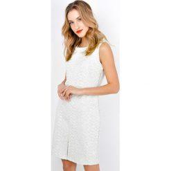 Sukienki: Sukienka pikowana bez rękawów