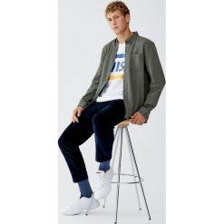 Koszula jeansowa basic. Brązowe koszule męskie jeansowe marki Pull&Bear, m, z długim rękawem. Za 79,90 zł.