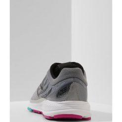 Buty sportowe damskie: New Balance VAZEE PACE Obuwie do biegania treningowe silver mink/black/poisonberry